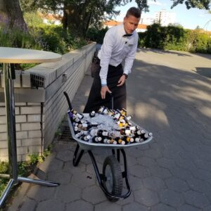 Bar - beer in a wagon